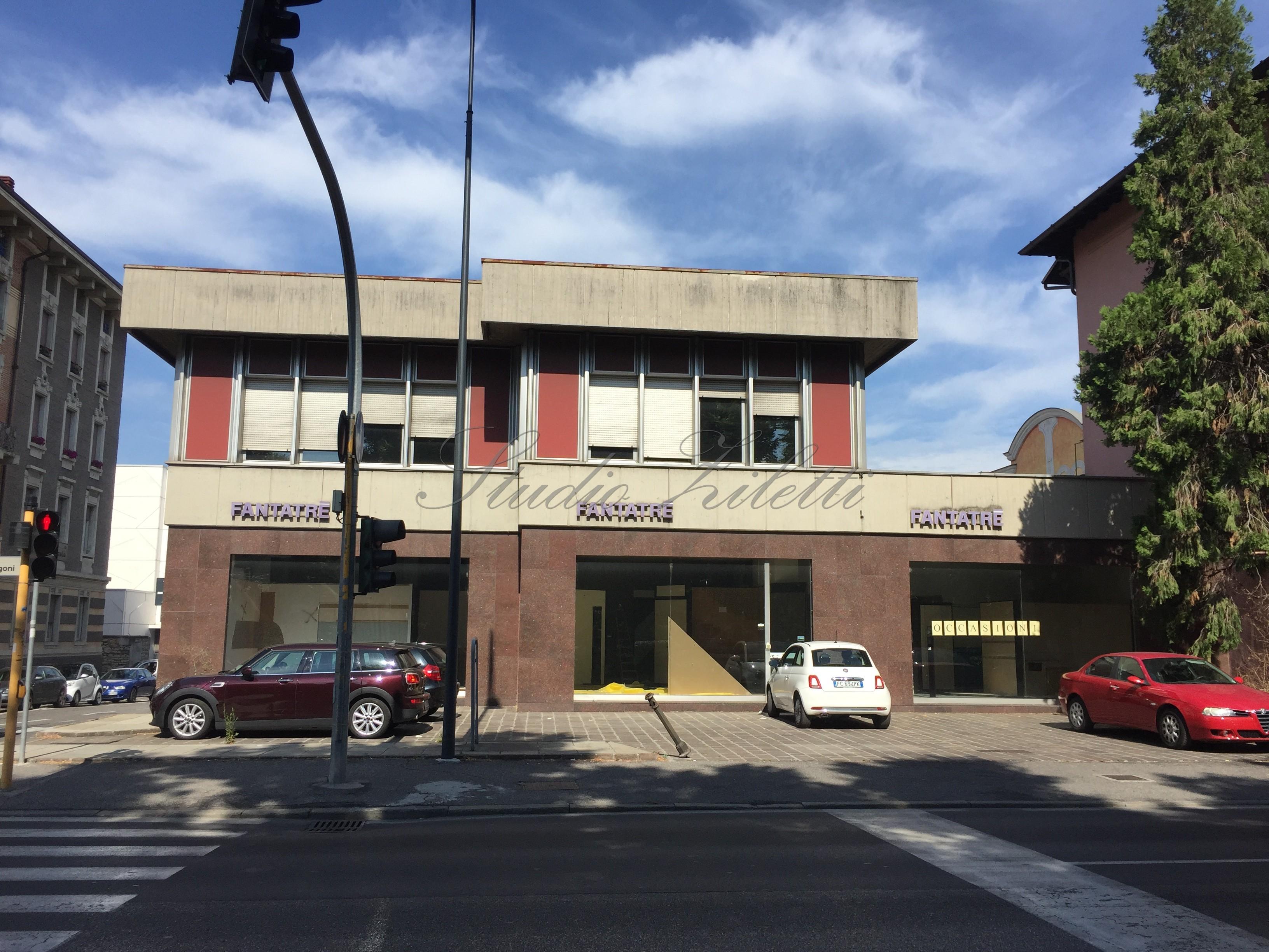 Negozio affitto vendita studio ziletti for Creatore del piano terra del negozio