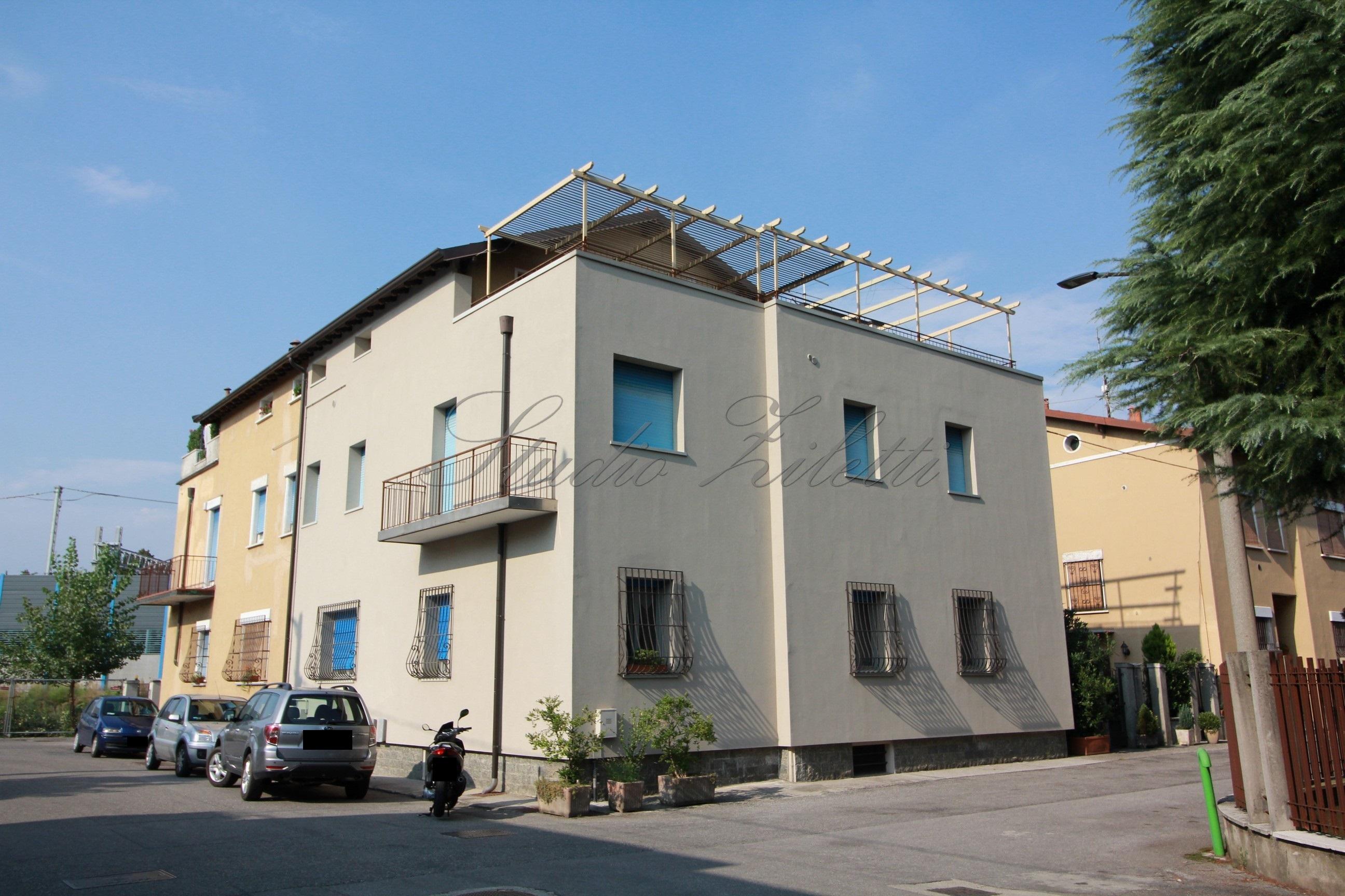 Casa indipendente da ristrutturare studio ziletti for Casa indipendente da ristrutturare