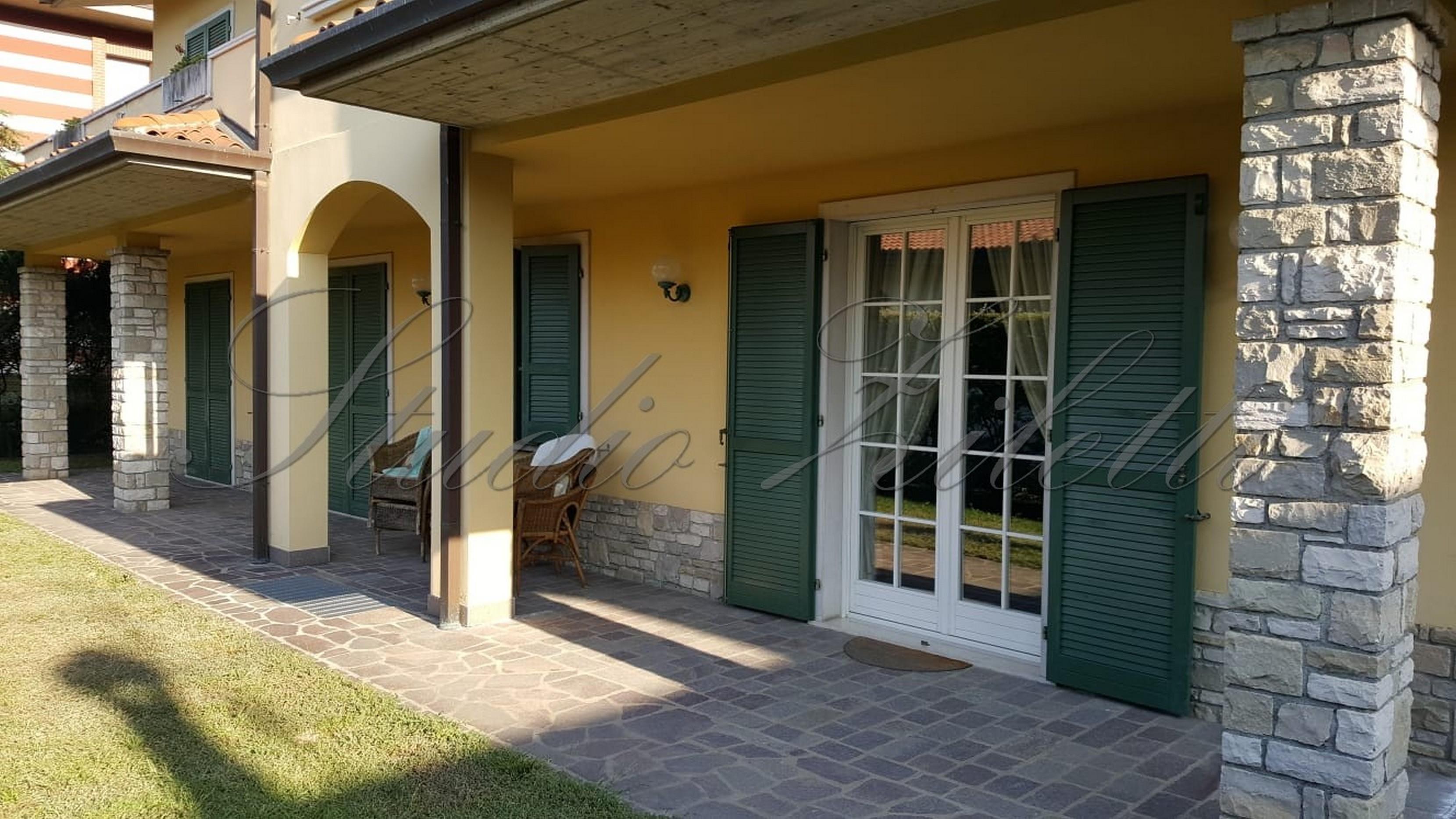 Villa a Nave