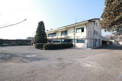 Vendesi ampio complesso industriale a Montichiari
