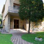 Villa indipendente in vendita a Brescia