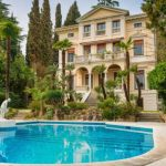 Villa indipendente in vendita a Gardone Riviera